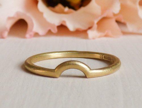 Macha ethical wedding ring, 18ct Fairtrade gold